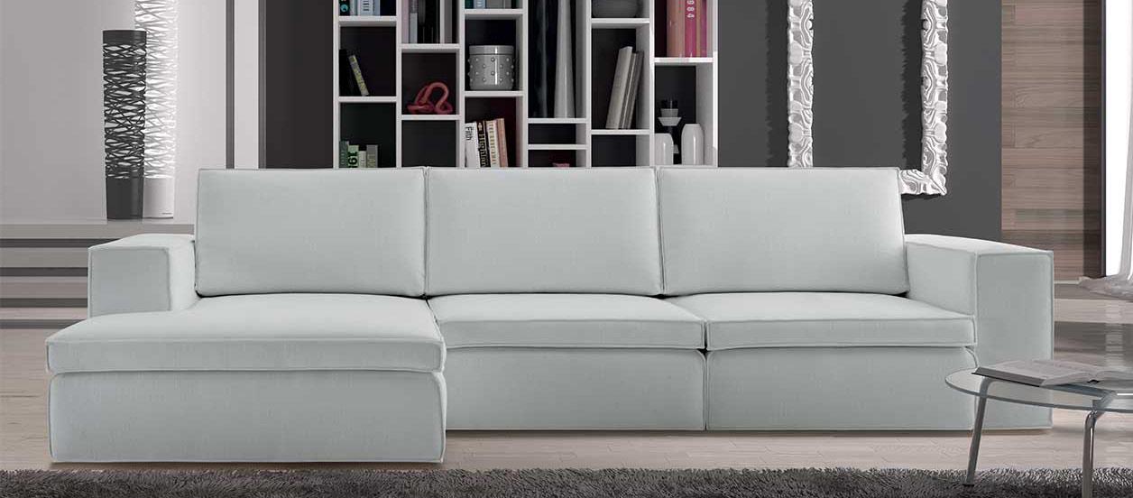 Vendita divani poltrone e letti personalizzabili sofaclub for Vendita poltrone